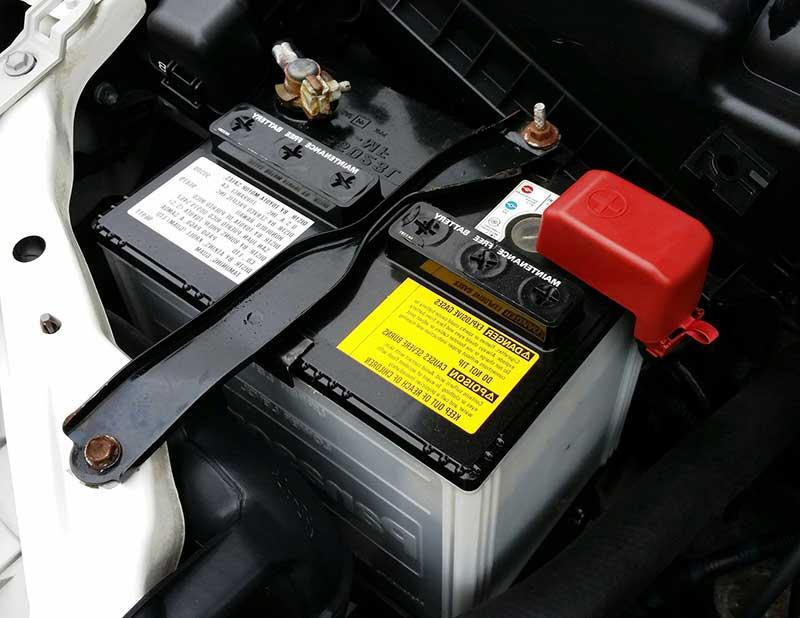 remplacement batterie auto moto